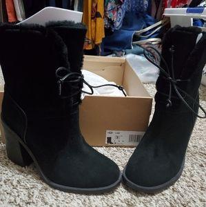 Ugg Jerene boots